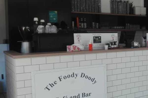 The Foody Doody Cafe and Bar Logo