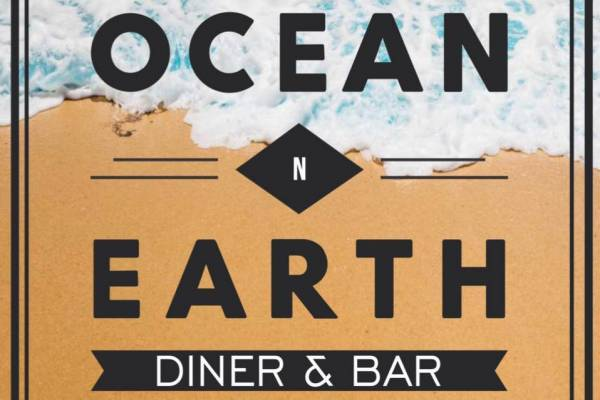 Ocean n Earth Diner & Bar Logo